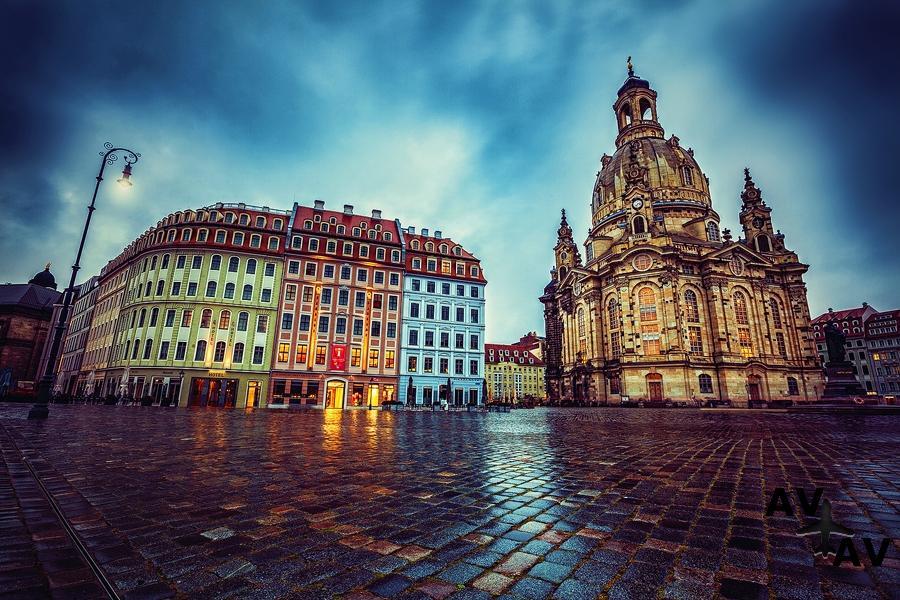 Из Петербурга в Дрезден прямым рейсом
